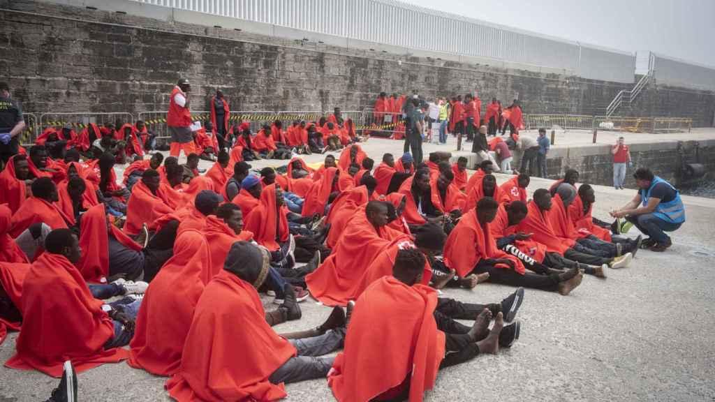 Este viernes llegaron al puerto de Tarifa (Cádiz) alrededor de 450 inmigrantes procedentes de Marruecos. Todos ellos eran de origen subsahariano.