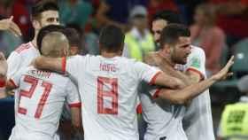 Nacho celebra su gol junto a los compañeros. Foto: sefutbol.com