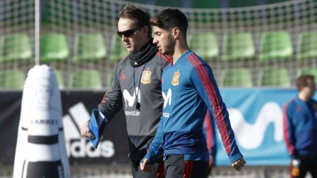 Lopetegui y Asensio en la Selección. Foto sefutbol.com