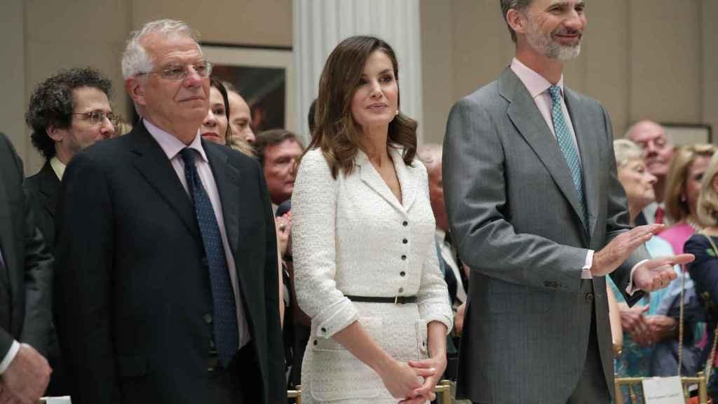 Letizia y Felipe VI durante su visita.
