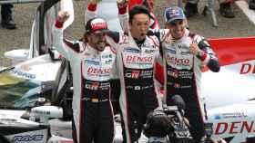 Fernando Alonso a un paso de la triple corona del automovilismo
