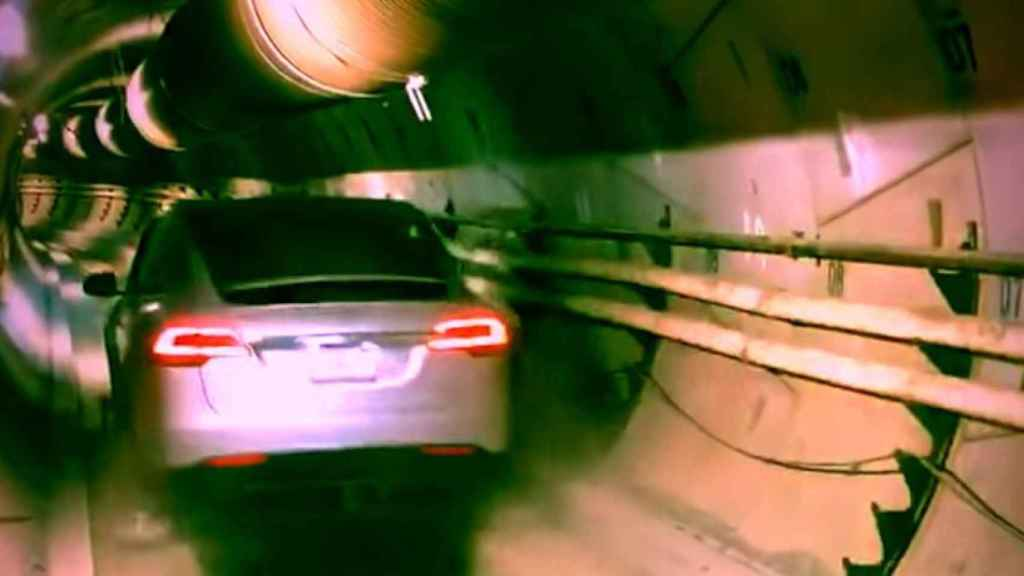 Los pasajeros de los túneles de Boring Company irán montados en coches de Tesla