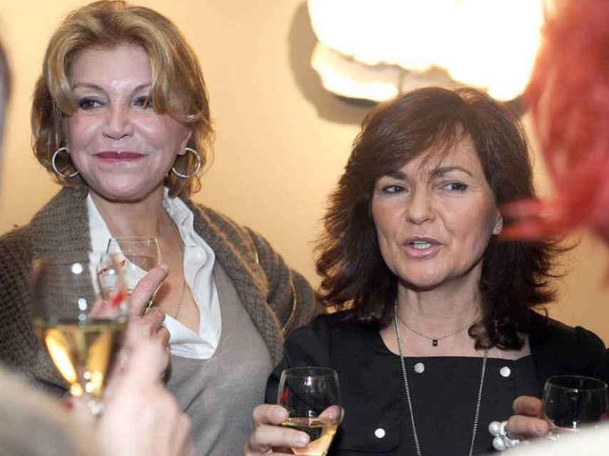 Carmen Cervera y Carmen Calvo en una imagen de archivo.