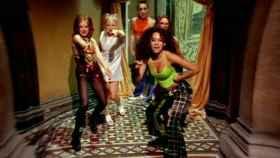 Las Spice Girls se pasaron el rodaje de Wannabe dándose golpes y lo demostramos