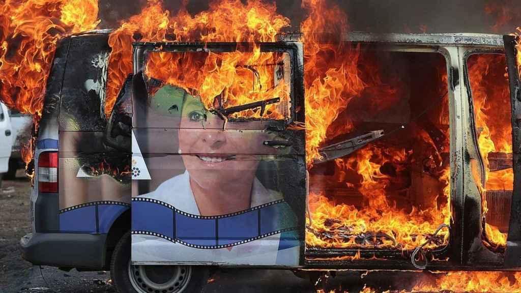 El vehículo de Mireya Gonzalez Sanchez incinerado
