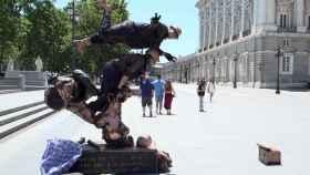 La icónica moto voladora se ha trasladado a la Plaza de Oriente