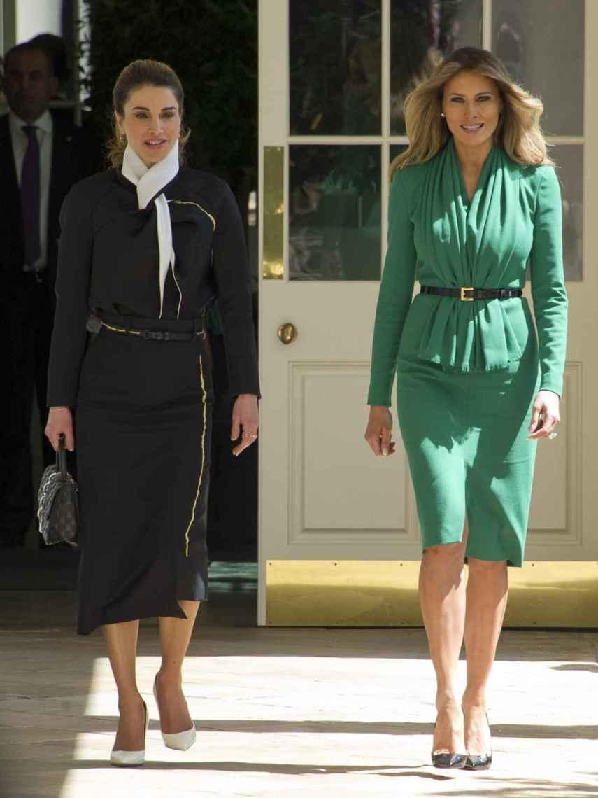 Melania Trump y la reina Rania de Jordania en la Casa Blanca.