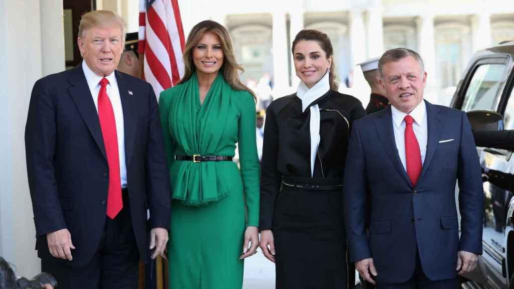 El rey Abdallá, Melania Trump, Rania de Jordania y Donald Trump.