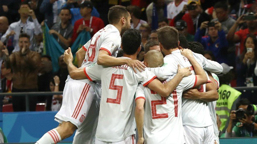 España celebra el gol de la victoria ante Irán. Foto: Twitter (@SeFutbol)