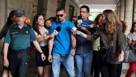 Ángel Boza llega al juzgado sevillano para comparecer tras su salida de prisión provisional.