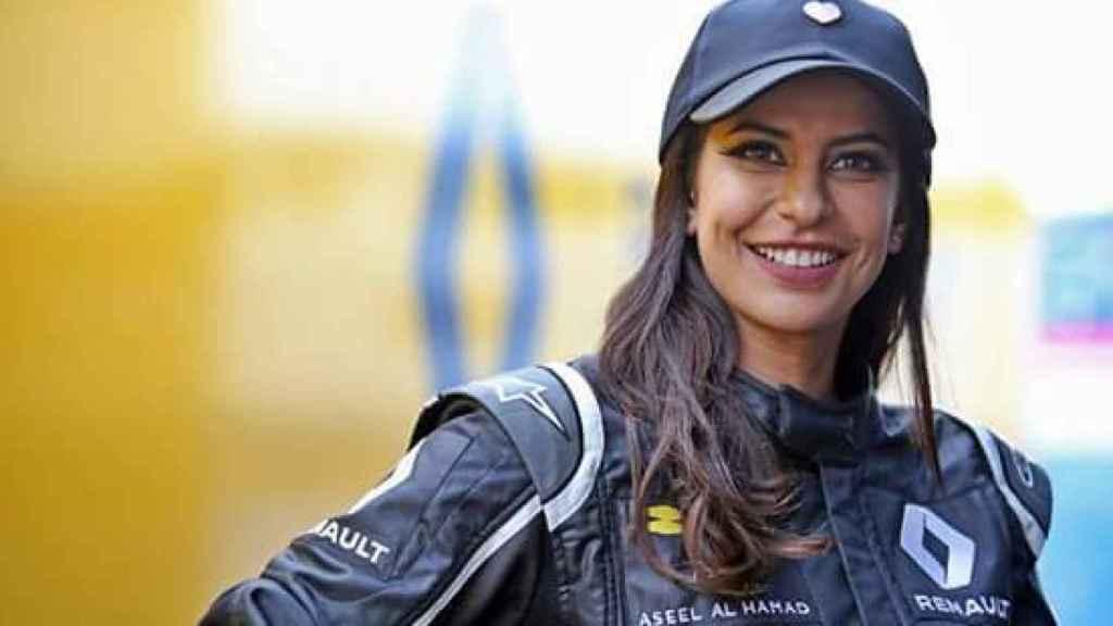 Aseel al Hamad en una imagen de la escudería Renault.