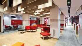 Oficina del Banco Santander en una imagen de archivo.