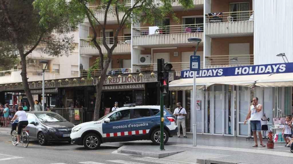 Un coche de los Mossos d'Esquadra en Salou (Tarragona).