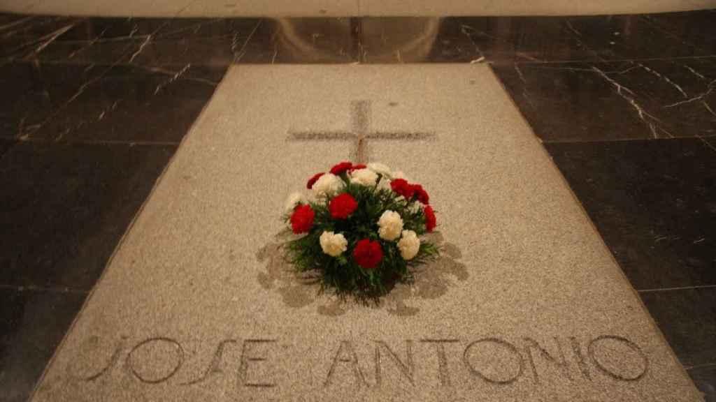 Tumba de Primo de Rivera en el Valle de los Caídos.