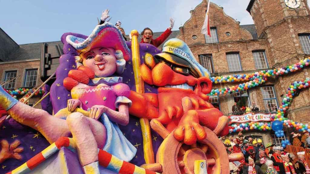 Los carnavales convierten Düsseldorf en una gran zona de fiesta.