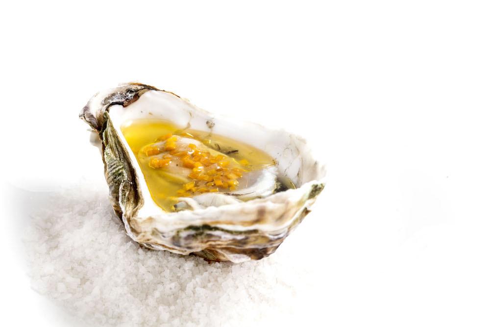 Cataria - ostra a la brasa con escabeche marino