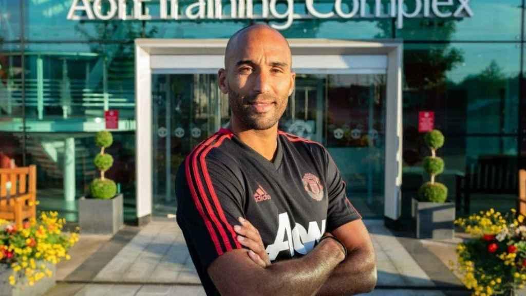 Lee Grant, nuevo portero del Manchester United. Foto Twitter (@ManUtd)