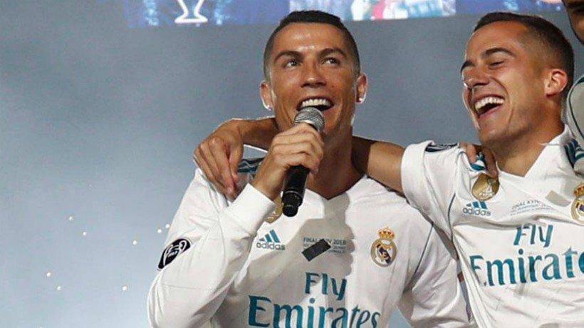 Cristiano durante la celebración de La Decimotercera en el Santiago Bernabéu