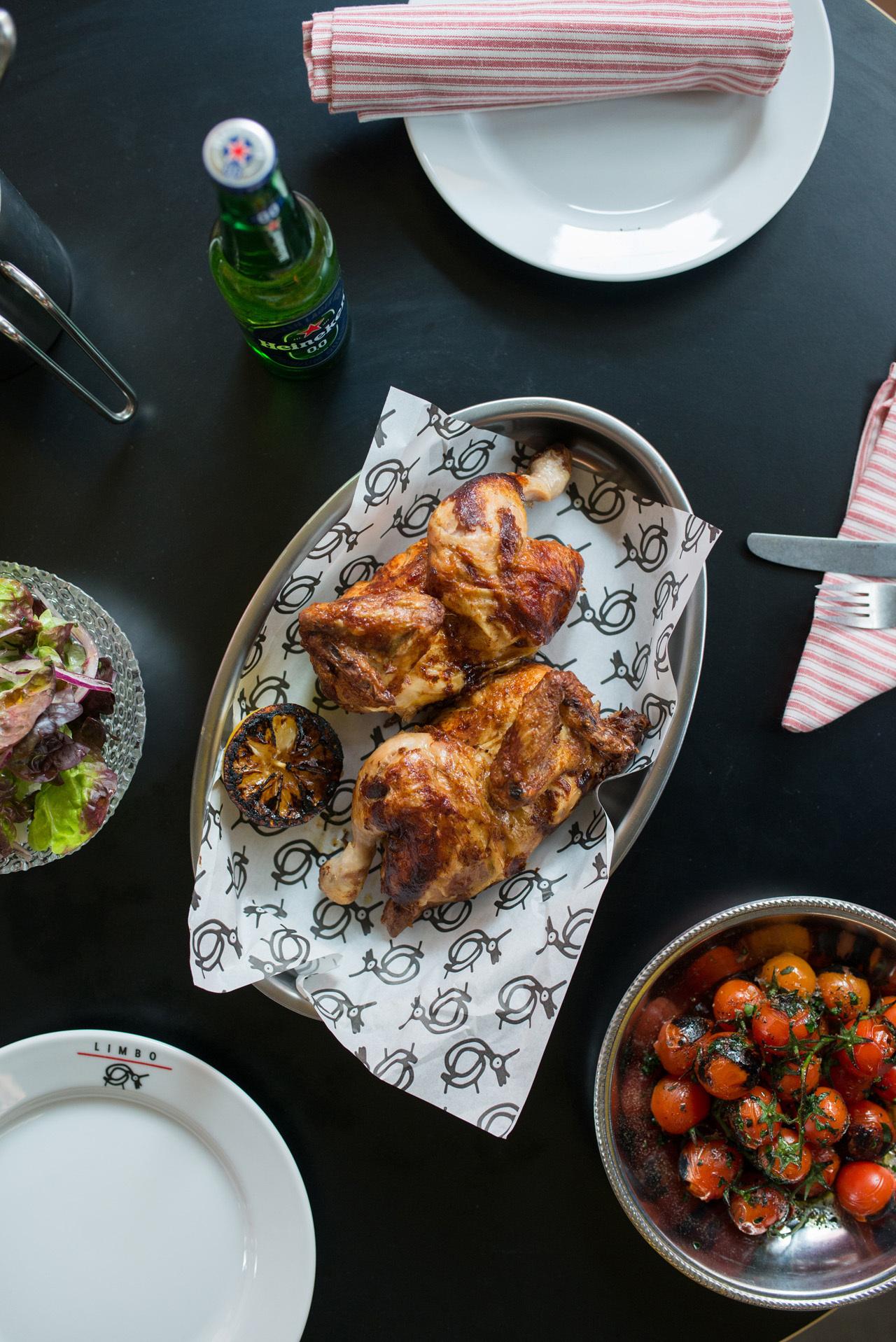 Pollo asado al carbón. Restaurante Limbo.