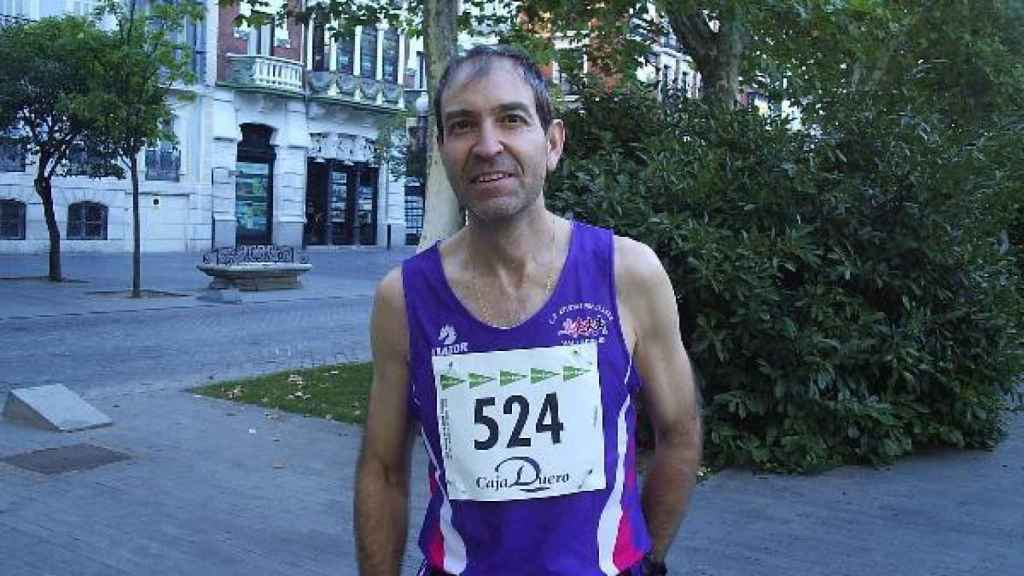 Mario Guantes, después de completar una carrera.