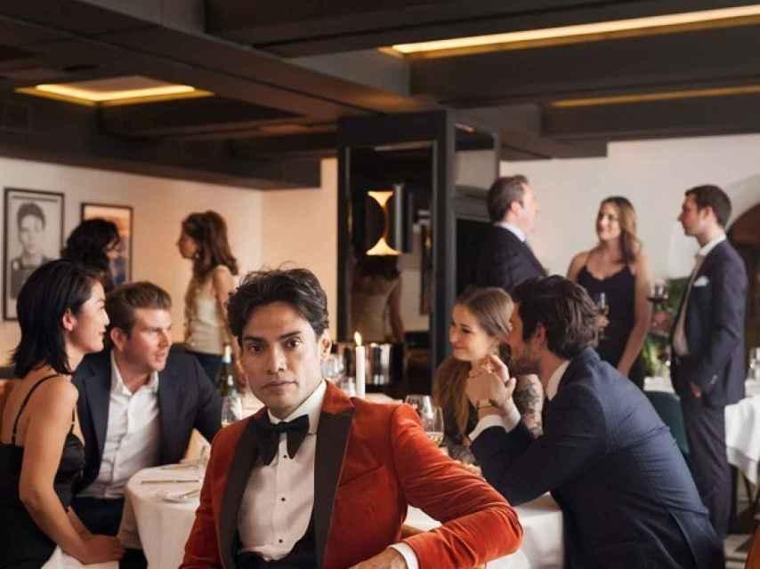 Imagen de Omar Hernández en su restaurante publicada en la edición norteamericana de 'Vanity Fair'