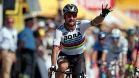 Peter Sagan celebra su victoria de etapa en el Tour.