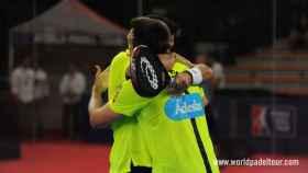 Belasteguín y Lima celebran su victoria.