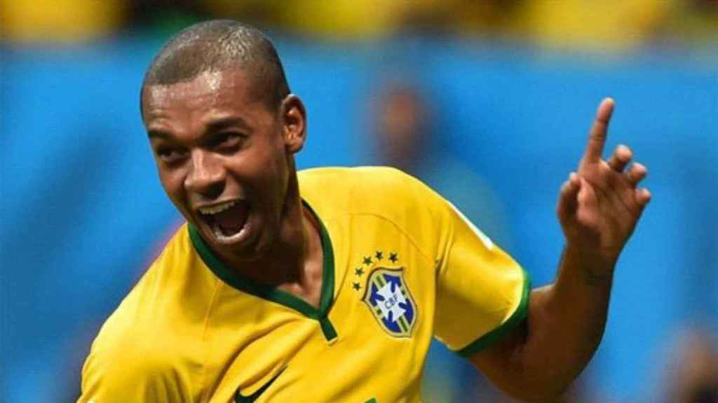 Fernandinho con la selección brasileña. Foto. Twitter (@fernandinho)