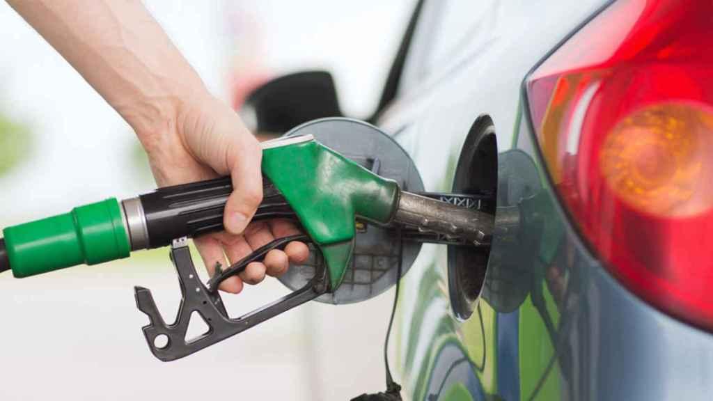 gasolina repostaje repostar gasolinera