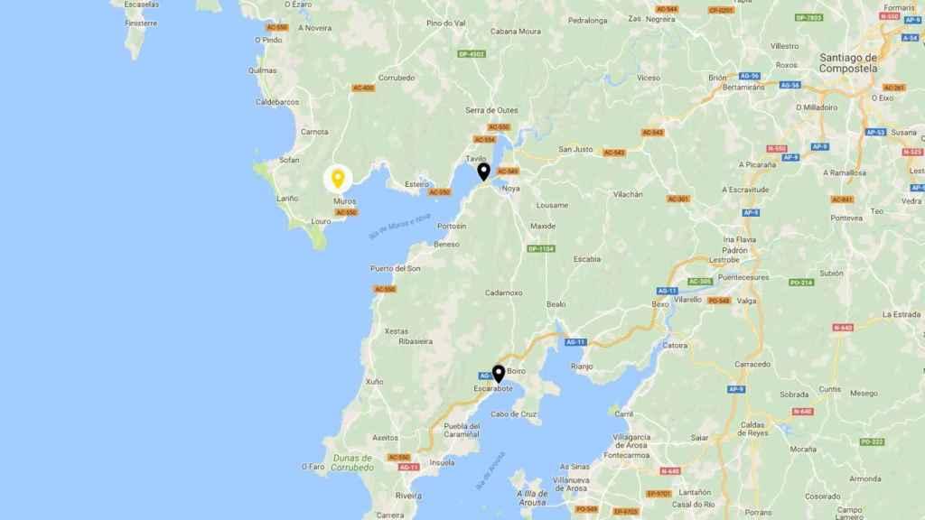 La localización de A Virxen do Camiño y las dos playas cerradas.