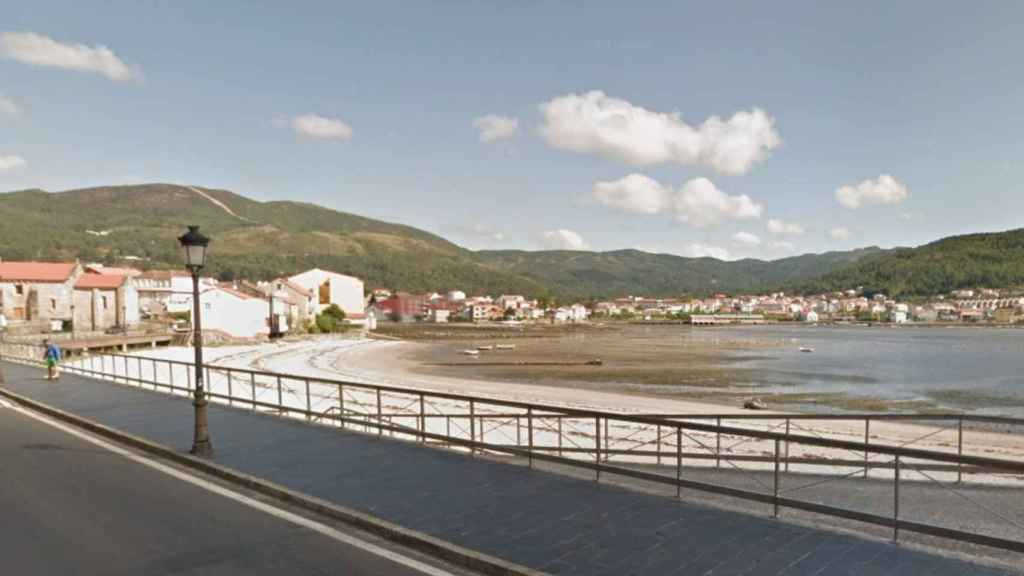 Playa de Virxe do Camiño en Muros, A Coruña.