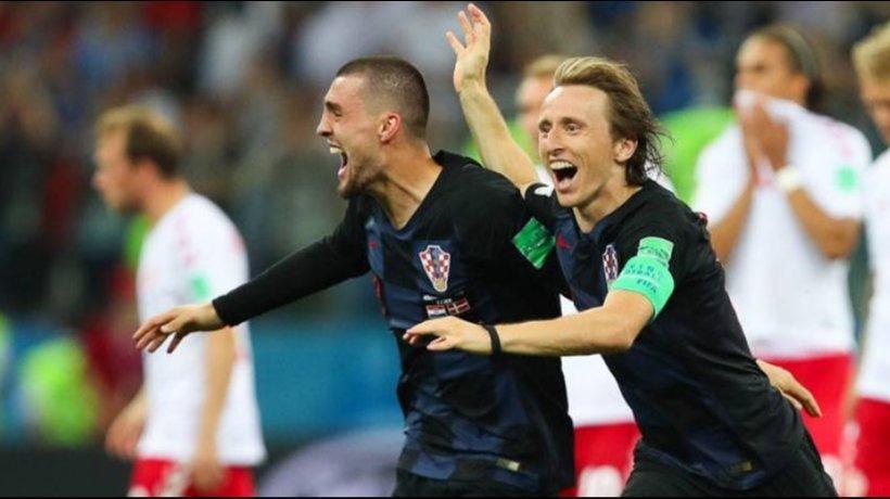 Modric y Kovacic celebran el pase a cuartos del Mundial