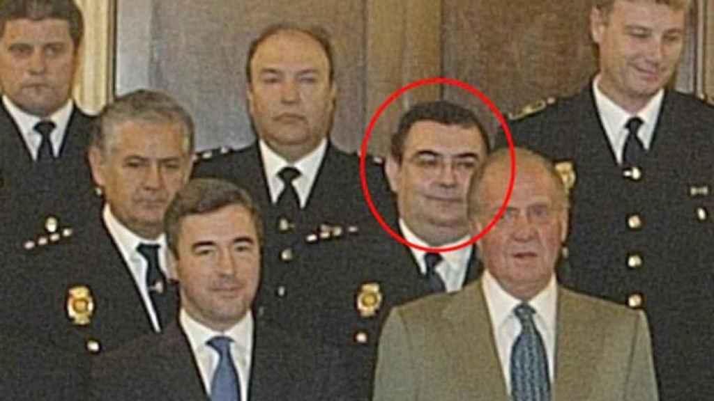 Enrique García Castaño, en un acto en presencia del exministro Acebes y Juan Carlos I.