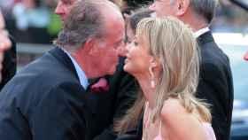 Juan Carlos y Corinna durante unos premios en Barcelona.