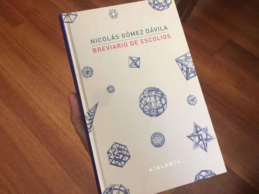 El libro Breviario de Escolios, de Nicolás Gómez Dávila.