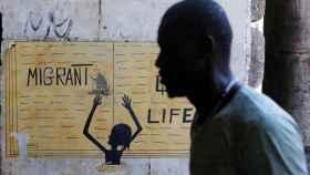 Italia autoriza el desembarco de 450 inmigrantes para reubicarlos en Europa