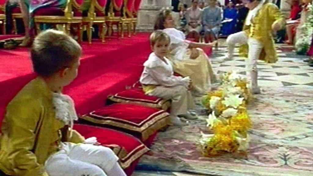 Froilán y la famosa patada en la boda de Felipe y Letizia.