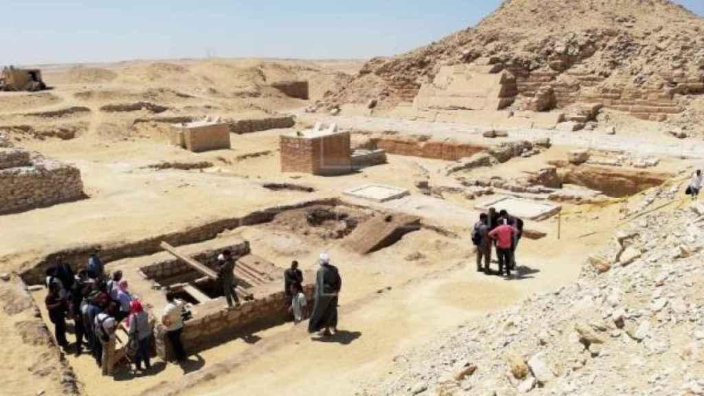 Pozo de treinta metros excavado en el centro de un antiguo taller de momificación