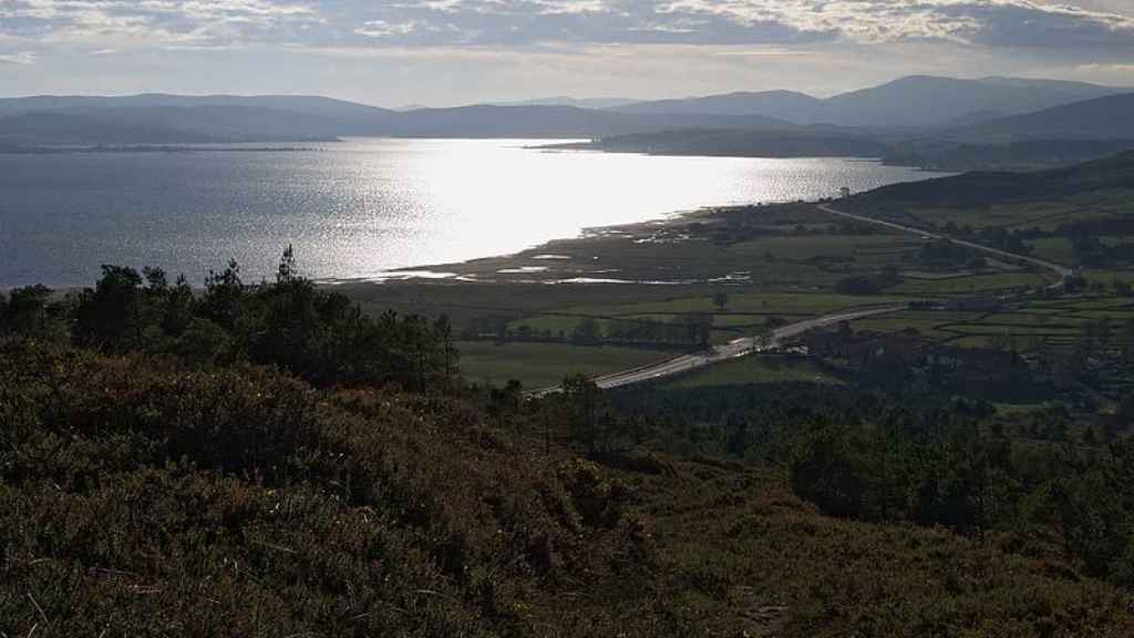 Vistas del pantano de Arija desde el Puerto del Escudo