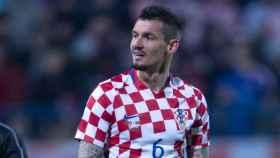 Lovren durante un partido de Croacia. Foto: Twitter (@HNS_CFF).