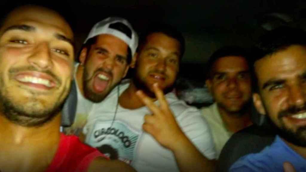 Los cinco integrantes de La Manada la noche de los hechos.