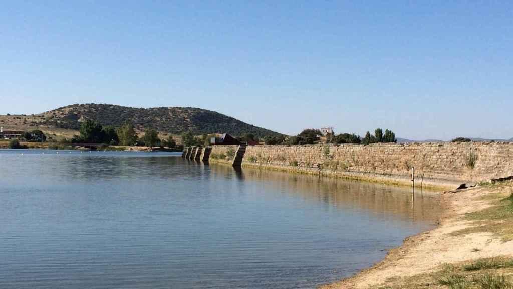 Panorámica de la antigua presa