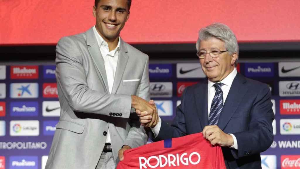 Rodrigo, durante su presentación con el Atlético de Madrid