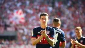 James delante de la afición al termino del partido. Foto: fcbayern.com