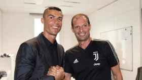 Cristiano Ronaldo y Massimiliano Allegri. Foto: Twitter (@juventusfc)