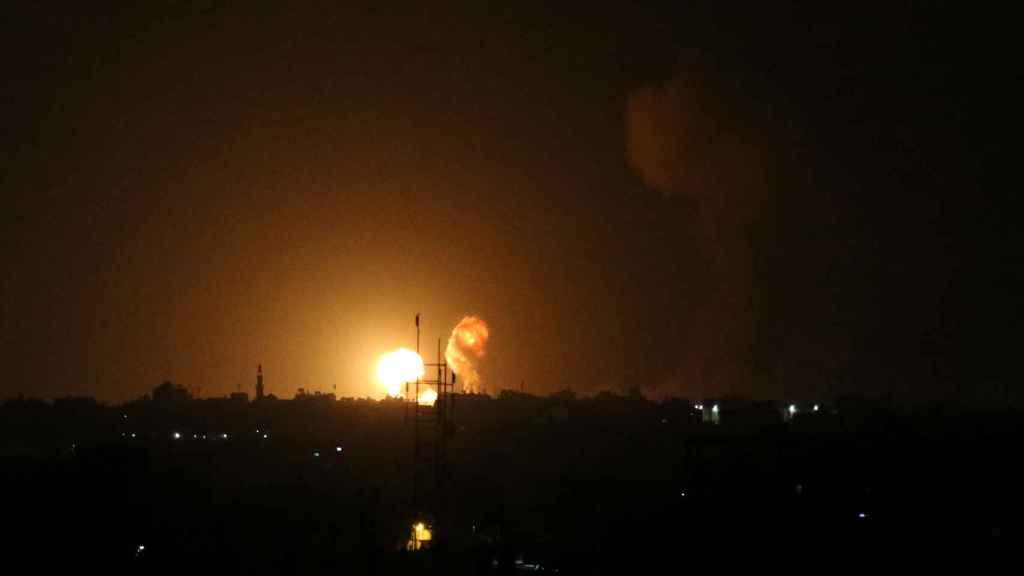 Ataque aéreo de Israel en el sur de Gaza.