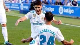 Asensio y Ceballos celebran un gol del Real Madrid