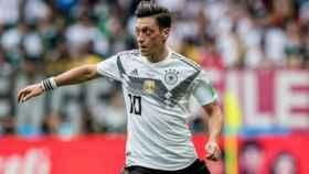 Mesut Özil, con Alemania. Foto: Instagram (@m10_official)