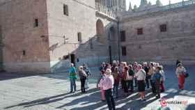 01 turistas catedral plaza