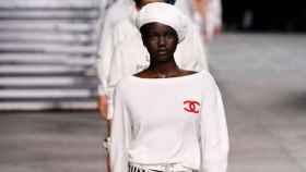 Adut Akech para Chanel